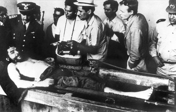 El asesinato del Che Guevara. Foto: AFP