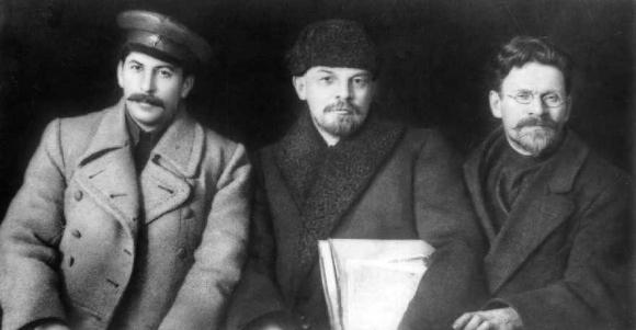 Stalin, Lenin y Trotski. Archivo El País