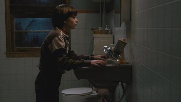 Will en el final de Stranger Things temporada 1. Foto: difusión