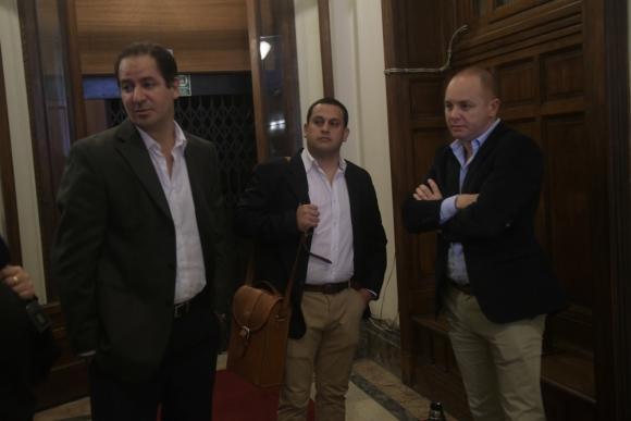 Federico Eguren, Marcos García y Rodrigo Barcelona en la Comisión Investigadora. Foto: Francisco Flores.