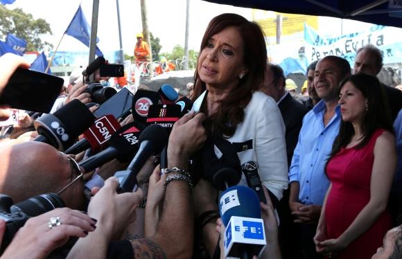 Cristina Fernández llegó a declarar en medio de un impresionante operativo de seguridad. Foto: Reuters