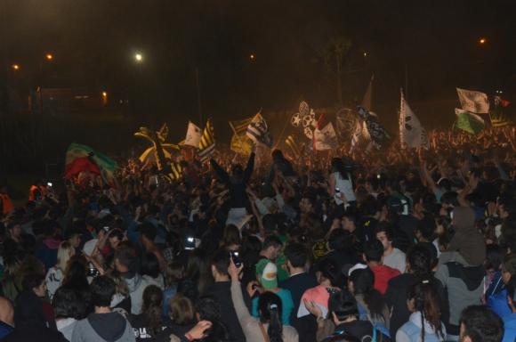 Unas 50.000 personas cantaron las canciones de las bandas en el festival. Foto: Víctor Rodríguez
