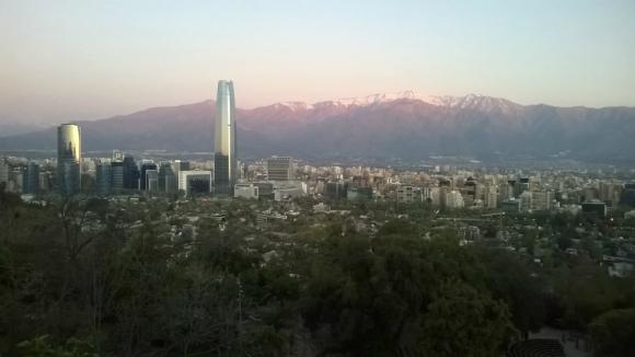 Vista de Sanhattan desde el Cerro San Cristóbal. Foto: Wikimedia