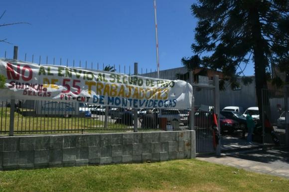 Sindicato del Gas ocupa contra el envío de trabajadores al seguro de paro. Foto: Ariel Colmegna.