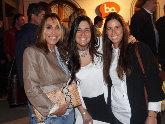 María Paz Gorostizaga, Florencia Querol y Valentina Carello.