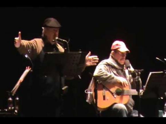 Daniel Viglietti y Silvio Rodríguez en el Centenario. Foto: difusión