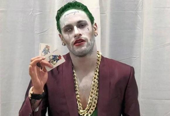 Neymar se disfrazó de Joker en Halloween
