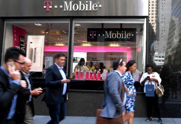 T-Mobile y Sprint. Foto: Reuters