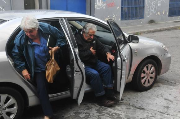 """Topolansky dijo que es """"la familia"""" de Mujica y no quiere. Foto: Francisco Flores"""