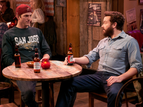 "Ashton Kutcher y Danny Masterson en ""The Ranch"""
