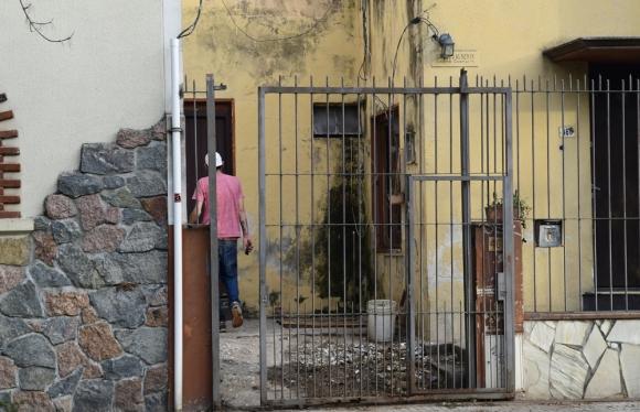 Los usurpadores se negaban a retirarse, los detuvo la Policía y terminaron en el juzgado. Foto: M. Bonjour