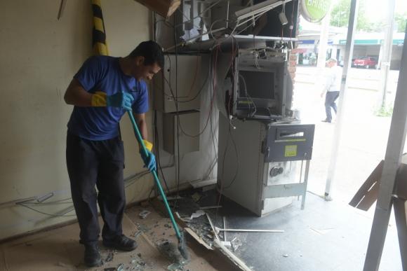En solo dos semanas hubo cuatro ataques contra cajeros automáticos en Montevideo. Foto: Archivo