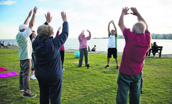Las clases de educación física son un pliar en AMEC, con propuestas que contemplan todas las situaciones.