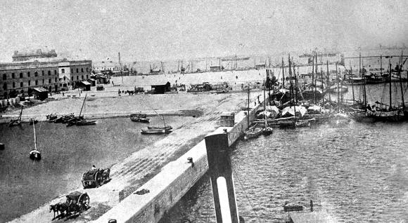 Las obras del puerto de Montevideo, sin duda, fueron seguidas de cerca por los hermanos Christophersen.