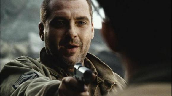 Tom Sizemore en Rescatando al soldado Ryan