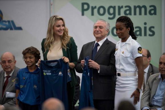 Temer afronta reforma de su gabinete en medio de ambiente preelectoral — Brasil