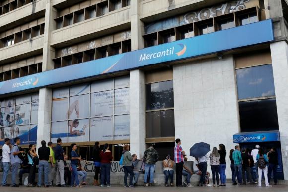 Inversionistas visitan hoy el palacio presidencial para renegociar deuda — Venezuela