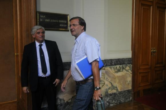 El PI denunció que De León usó las tarjetas en viajes cuando no estaba en misión oficial. Foto: A. Colmegna