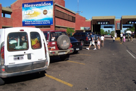 En diciembre de 2015 el 23% de los productos relevados era más barato en Salto. Foto: L. Pérez