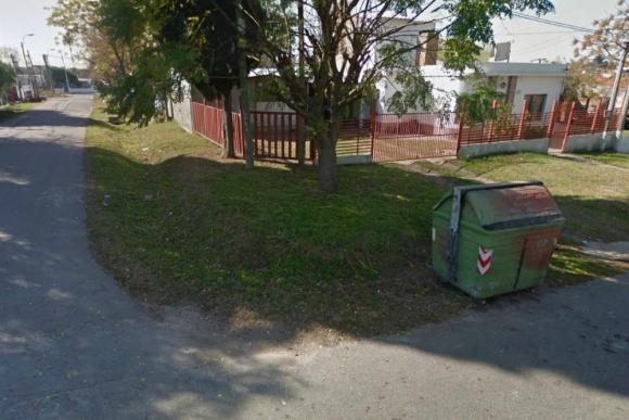 La esquina de Julián Laguna y Anagualpo donde fue herida de bala una mujer. Foto: Google Street View.