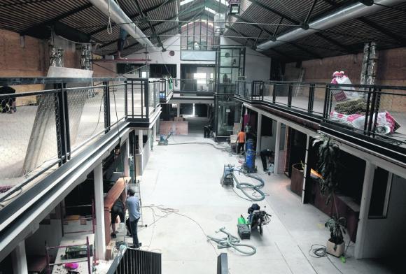 Interior: en la nave central se ubicará una plaza de comidas. Foto: F. Flores
