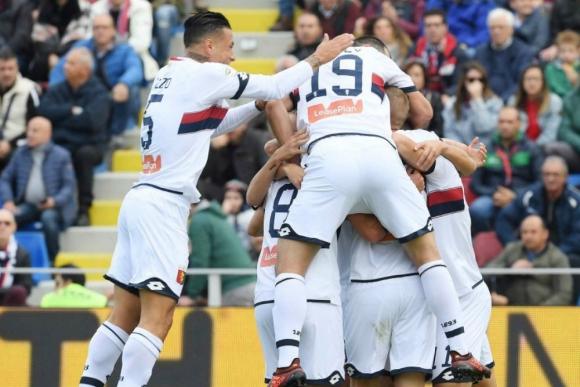 Genoa le ganó a Crotone con asistencia de Diego Laxalt