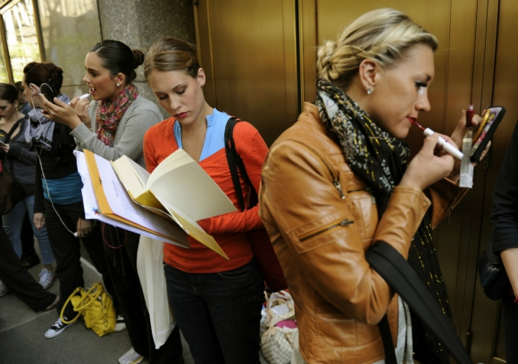 Durante el noveno mes del año hubo 135.647 personas desempleadas en el país. Foto: AFP