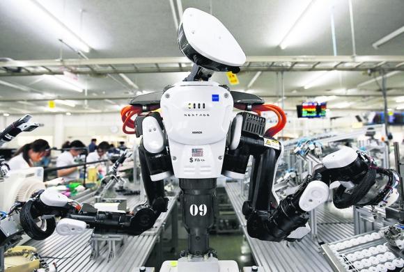 Los robots reemplazarán a las personas en muchos puestos de trabajo. Foto: Reuters