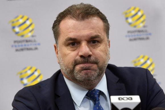 Rusia 2018: clasificó a Australia al Mundial y renunció de forma sorpresiva