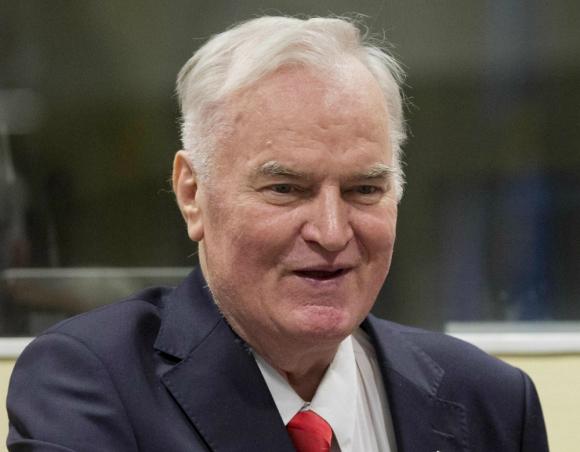 Ratko Mladic, ayer en el juicio. Foto: AFP
