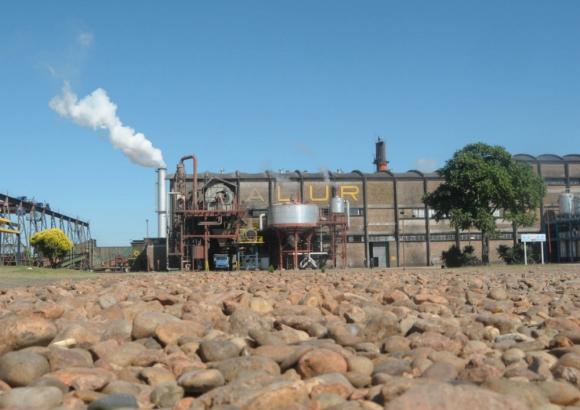ALUR esta en proceso de negociación con la empresa Abengoa  que edificó la planta. Foto: presidencia.gub.uy