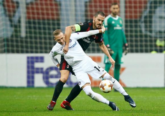 Milán gana al Austria Viena y avanza en la Europa League