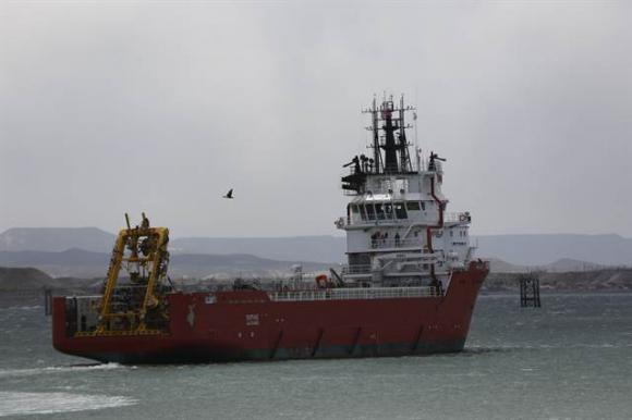 El buque Sophie que lleva el minisubmarino partió rumbo al área de búsqueda. Foto: La Nación (GDA)