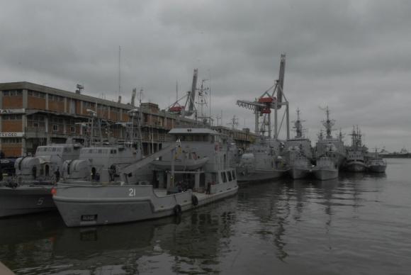 La Armada tiene una flota envejecida. Foto: Archivo El País