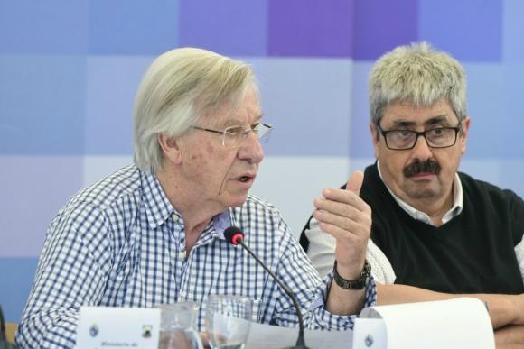Danilo Astori en el Consejo de ministros en Pirarajá. Foto;: Darwin Borrelli.