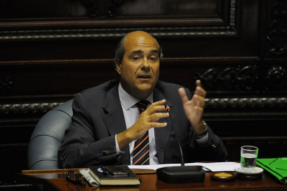 Pablo Abdala en el Parlamento. Foto: A. Colmegna