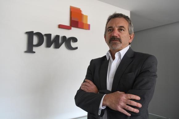 Daniel García, partner de PwC, señaló la importancia del encuentro empresarial. Foto: A. Colmegna