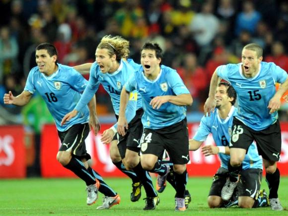 Inolvidable. La victoria ante Ghana (por penales) que significó el pasaje a semifinales en el Mundial de Sudáfrica 2010. Foto: AFP