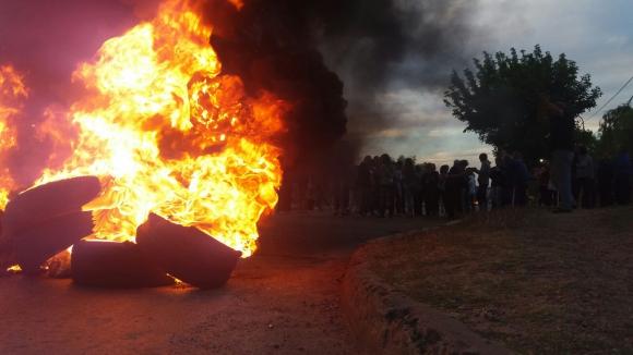 Vecinos protestan y piden mayor seguridad. Foto: El País