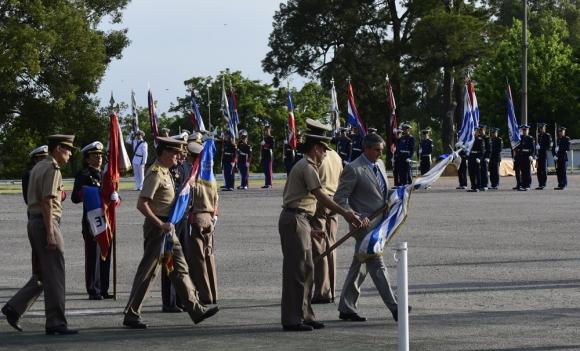 El jefe del Ejército, el general Manini Ríos, también mostró compromiso para superar el pasado. Foto: M. Bonjour