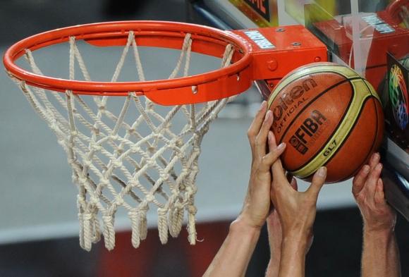 Jugadores aportarán por ficto y al terminar el contrato el saldo. Foto: AFP