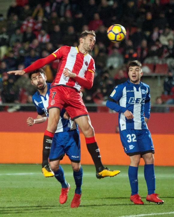 Cristhian Stuani contra Alavés: anotó pero Girona perdió. Foto: EFE