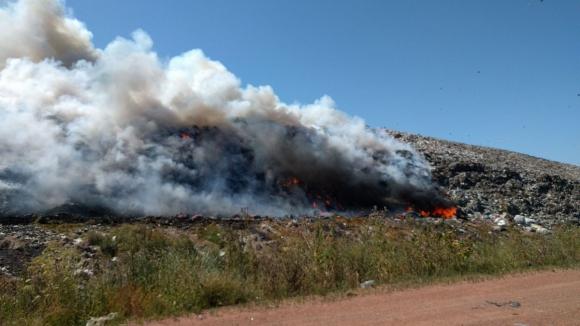 Incendio en usina minicipal de Felipe Cardoso. Foto: Twitter  @MI_UNICOM