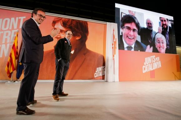 Independentistas catalanes hacen sus actos sin sus principales líderes. Foto: AFP