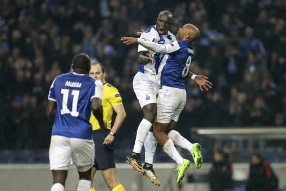 El festejo de Porto por la clasificación a octavos de la Champions. Foto: EFE