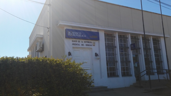 Sede del BROU en Fraile Muerto. Foto: Néstor Araújo