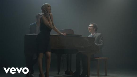 A Great Big World, Christina Aguilera - Say Something. Foto: difusión