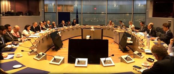 Los ministros de los países miembros de ambos bloques se reunieron ayer en Buenos Aires. Foto: EFE
