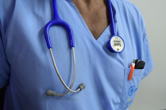 Solo el 2% de los adultos dice que cambia de médico porque no queda satisfecho. Foto: M. Bonjour