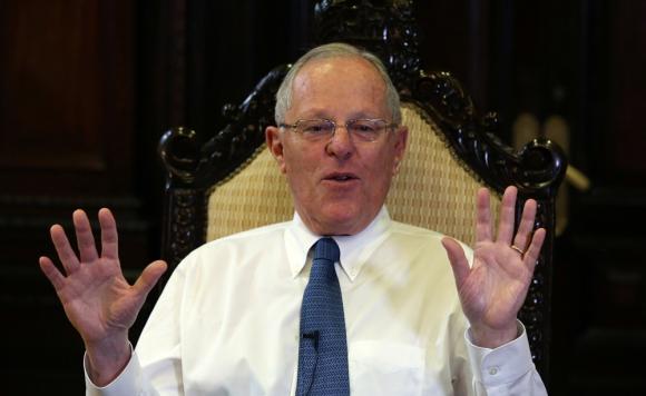 Oposición peruana solicita al Congreso destituir al presidente Kuczynski — Odebrecht